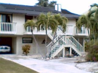 Waterfront with direct access to the inter-coastal - Saint James City vacation rentals