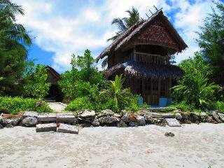 Mentawai Surf Camp - Pei Pei Lodge - Kepulauan Mentawai vacation rentals