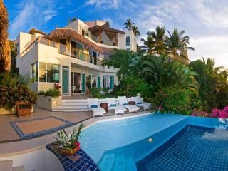 Better than 5 Star Resort accomodates up to 15 - Manzanillo vacation rentals
