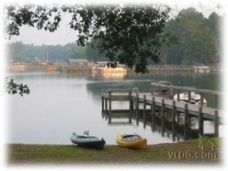 Waterfront Getaway on Lake Marion w/ Private Dock - Manning vacation rentals