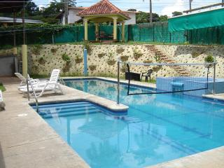 Luxury Home with Pool in the Best Neighborhood - Panama City vacation rentals