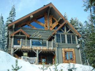 Kowal Ski Cabin ~ Luxurious 5,000 Sq Ft Cabin - Penticton vacation rentals