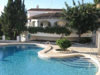 'Sheltered' accommodation apartment in paradise. - Calpe vacation rentals