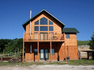 Murphy Mountain Lodge - Killdeer vacation rentals
