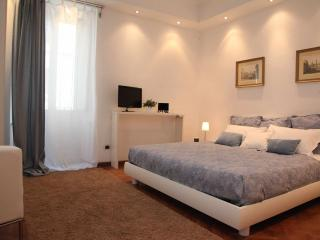 Spanish Steps Enchanting Flat and View WiFi Free - Rome vacation rentals