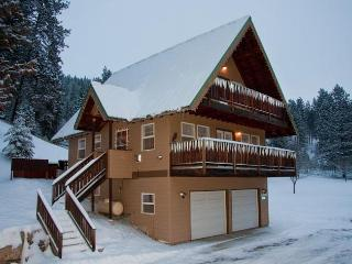 Adorable Eagle Creek Chalet, 2 mi from Leavenworth - Leavenworth vacation rentals