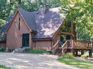 Beautiful Country Estate on 35 Acres, Sleeps 20 - Wisconsin Dells vacation rentals