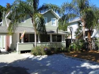 Twin Gables Cottage in the Heart of Sarasota - Nantucket vacation rentals