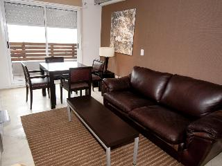 Comfortable One BR APt balcony + Parking + Pool - Buenos Aires vacation rentals