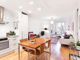 Bright 3 room apt. Östermalm/City - Stockholm vacation rentals
