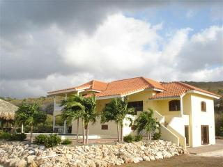 Villa Coral Estate with 4 bedrooms. - Curacao vacation rentals
