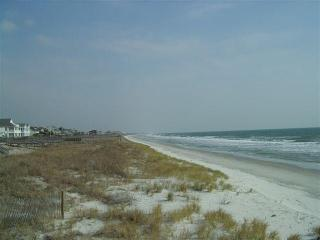 Stunning Litchfield Beach View, 2BR, Free Internet - Pawleys Island vacation rentals