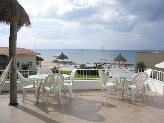 Amazing 4 bd Home, Ocean view, Pool & Private Pier - Cozumel vacation rentals