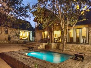 Warthog Rest Private Lodge - Hoedspruit vacation rentals