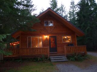 Tahoma Vista Chalet - Mount Rainier National Park vacation rentals