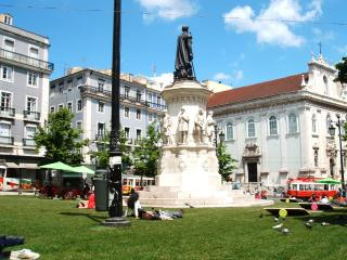 Apartment historic Noble center in Lisbon - Chiado - Lisbon vacation rentals