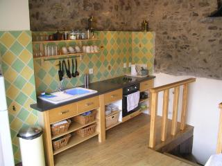 Comfortable holiday home for couples with terrace. - Pyrenees-Orientales vacation rentals