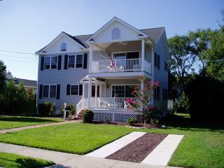 Front of house - Cottage On Maryland Avenue-Weekly,some5-6 nighters - Cape May - rentals