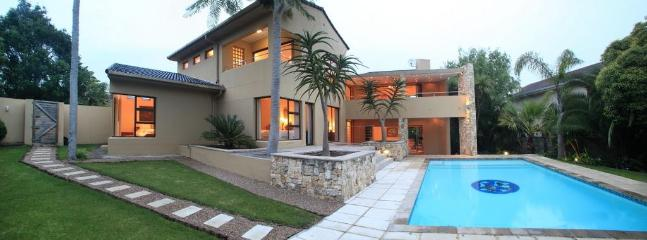 Family mansion in leafy suburb - Jakaranda House - George - rentals