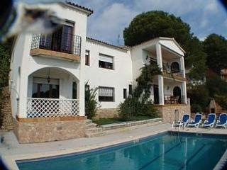 Villa with pool in Tossa de Mar with sea views - Tossa de Mar vacation rentals