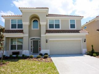 New 6 bedroom home just 2 miles from Disneyworld - Kissimmee vacation rentals