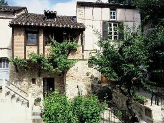 Mariner's Cottage - Puy-l Eveque vacation rentals
