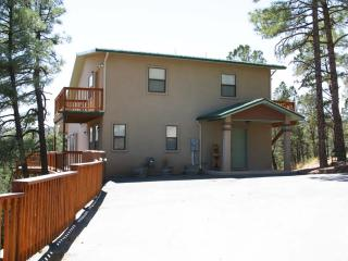 Sir Bear Lookout - Ruidoso vacation rentals