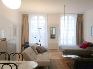 Studio quartier latin - Paris vacation rentals