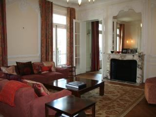 201 Boulevard Saint Germain - Paris vacation rentals