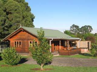 Log Cottage, Valley Edge Farm - Tauranga vacation rentals