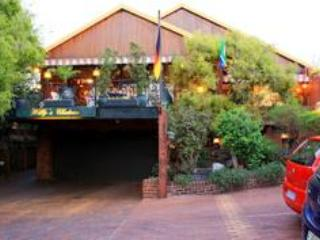 Front View - Willy's Chateau - Johannesburg - rentals