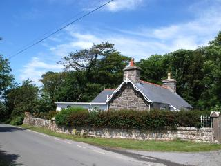 Luxury Anglesey cottage located in an idyllic spot - Island of Anglesey vacation rentals