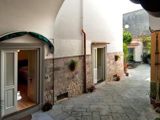 Gio house: Simplicity which makes the difference - Piano di Sorrento vacation rentals