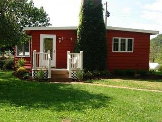 Timber Coulee Cottage - Westby vacation rentals
