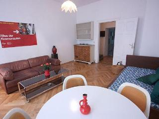 L 009 cosy & central Mitte - Berlin vacation rentals