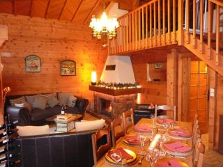 Beautiful Chalet Ski in/out - Hot Tub & Log fire - Chatel vacation rentals
