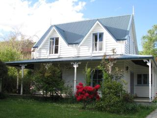 Hislop Cottage - Wanaka vacation rentals