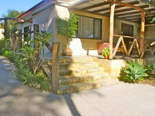 Fremantle x 13 peaceful village Kottaj x5 Kraal x8 - Fremantle vacation rentals