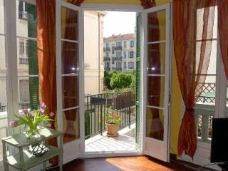 Au Soleil Levant : Renovated flat with terrace - Nice vacation rentals
