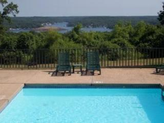 3 Bedroom, 2 Bath Lake Ozark Condo - Lake Ozark vacation rentals