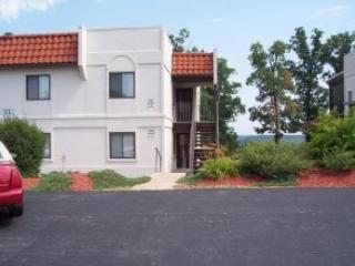Condo with 7 outdoor pools! - Lake Ozark vacation rentals