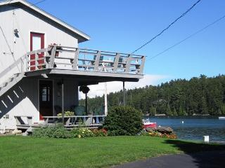 2 bedroom rental on a deep water dock in Harpswell - Harpswell vacation rentals