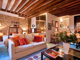 Saint germain House - Prevert - Paris vacation rentals