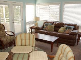 Awesome Vacation Condo ....Tommy Bahama meets Jimmy Buffet - Myrtle Beach vacation rentals