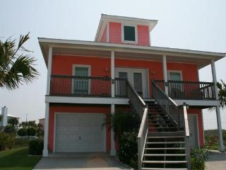 122 Mustang Royale, boardwalk to beach, Fabulous!! - Port Aransas vacation rentals
