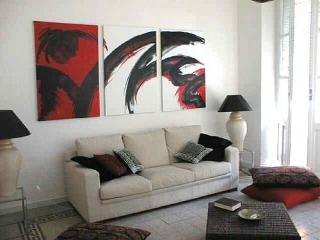 Rosso e Nero B&B-Charming in city centre Cagliari - Cagliari vacation rentals