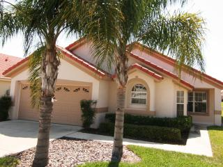 4 bedroom villa in orlando, near Disney, Universal - Davenport vacation rentals