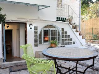 hanania 12 - Jerusalem vacation rentals