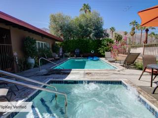 Charming Retro Modern Decor(sleeps 5)Near Downtown - Palm Springs vacation rentals