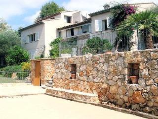 Vence, lumineux quiet Holiday Apt. with pool (2) - Alpes Maritimes vacation rentals